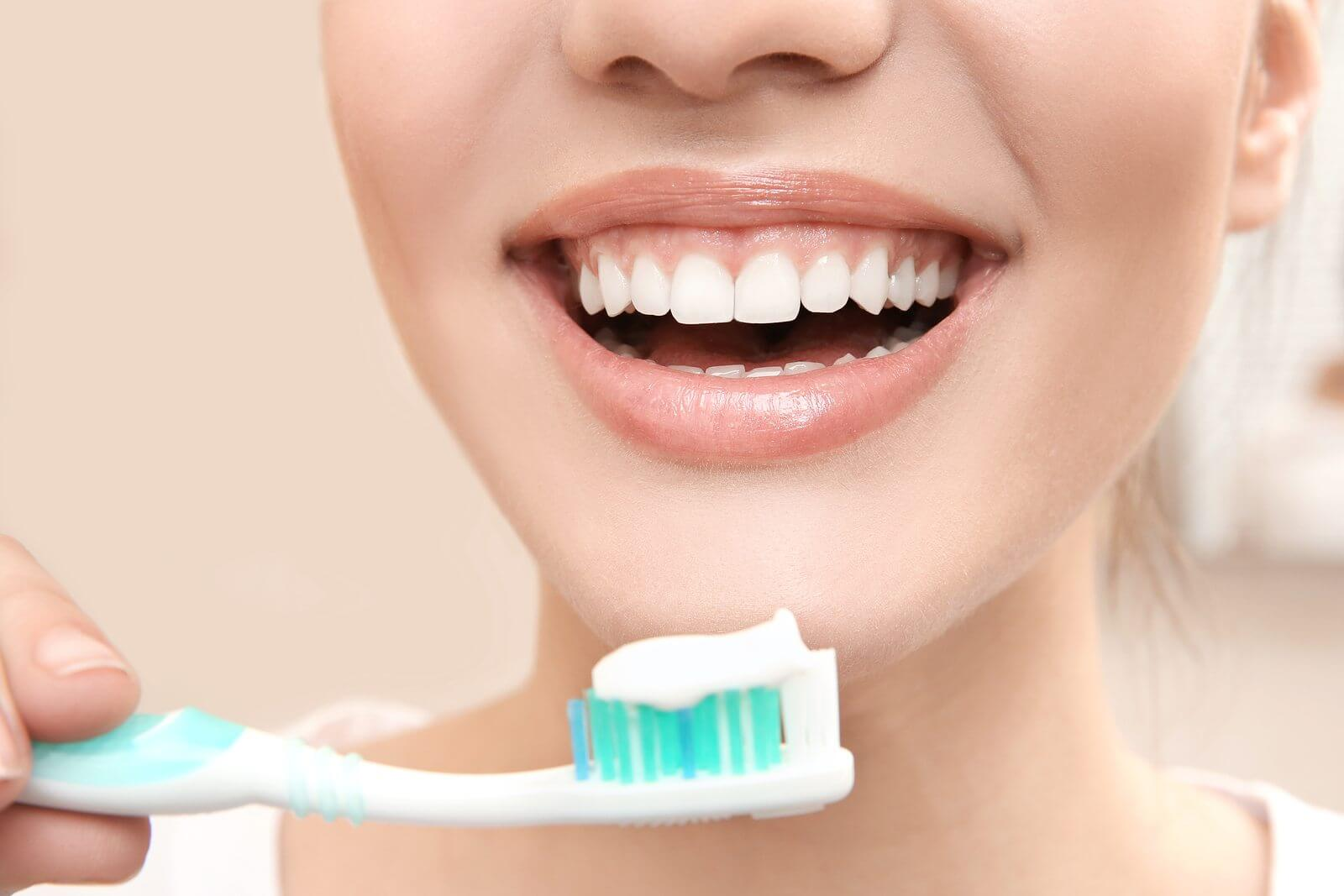 periaj-dentar-corect