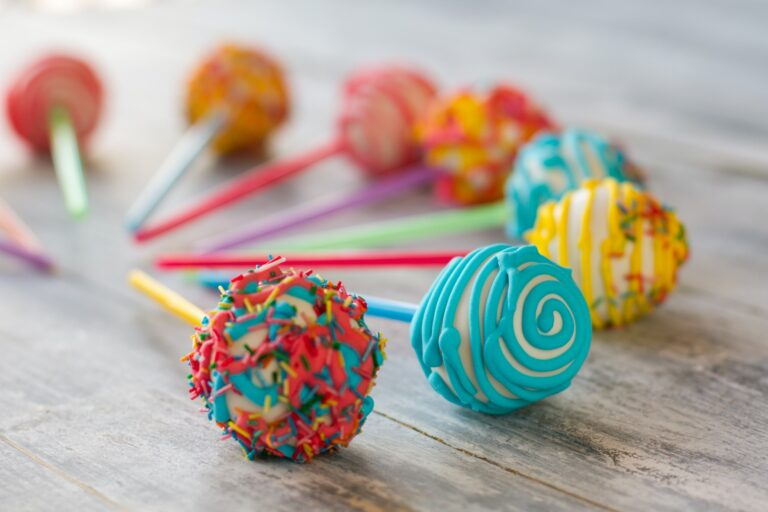 Ball-shaped sweets